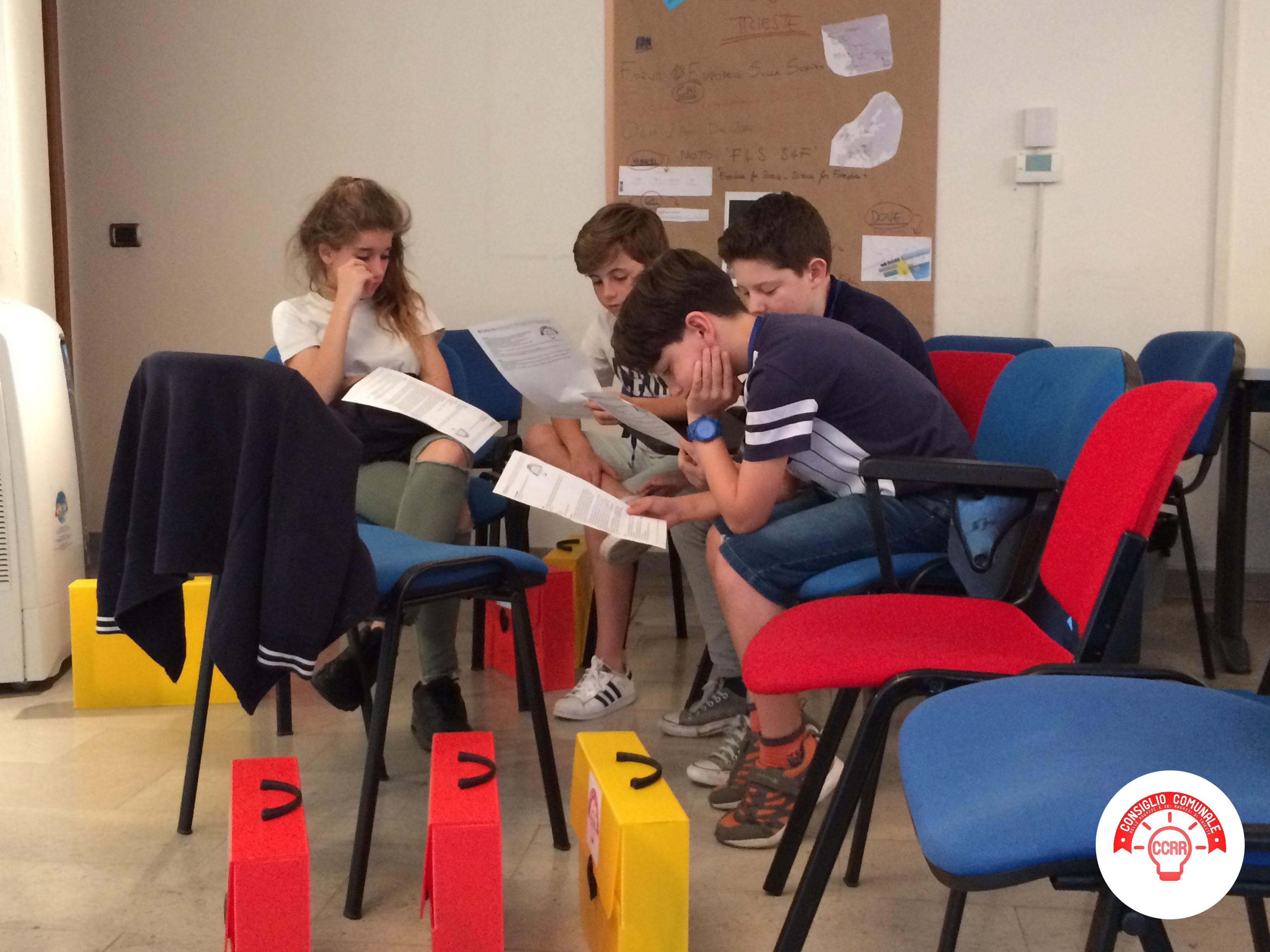 CCRR_settimo incontro_preparazione in gruppi per l'evento finale in Consiglio Comunale 6
